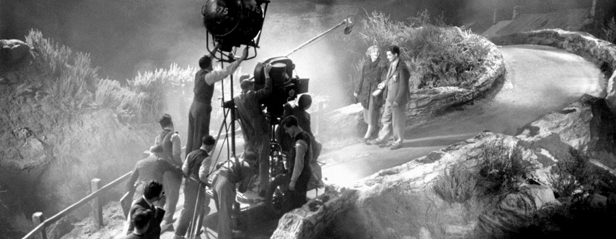 "On the set of ""The 39 Steps"""