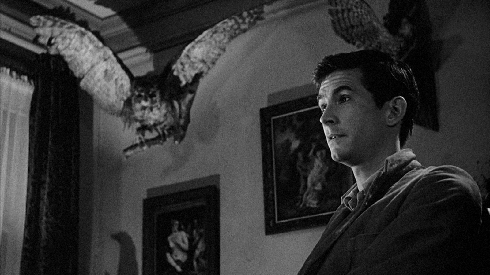 an analysis of psycho by alfred hitchcock Horror directed by alfred hitchcock  psycho janet leigh 1960 paramount  john gavin and janet leigh in  17 of 18 people found this review helpful.