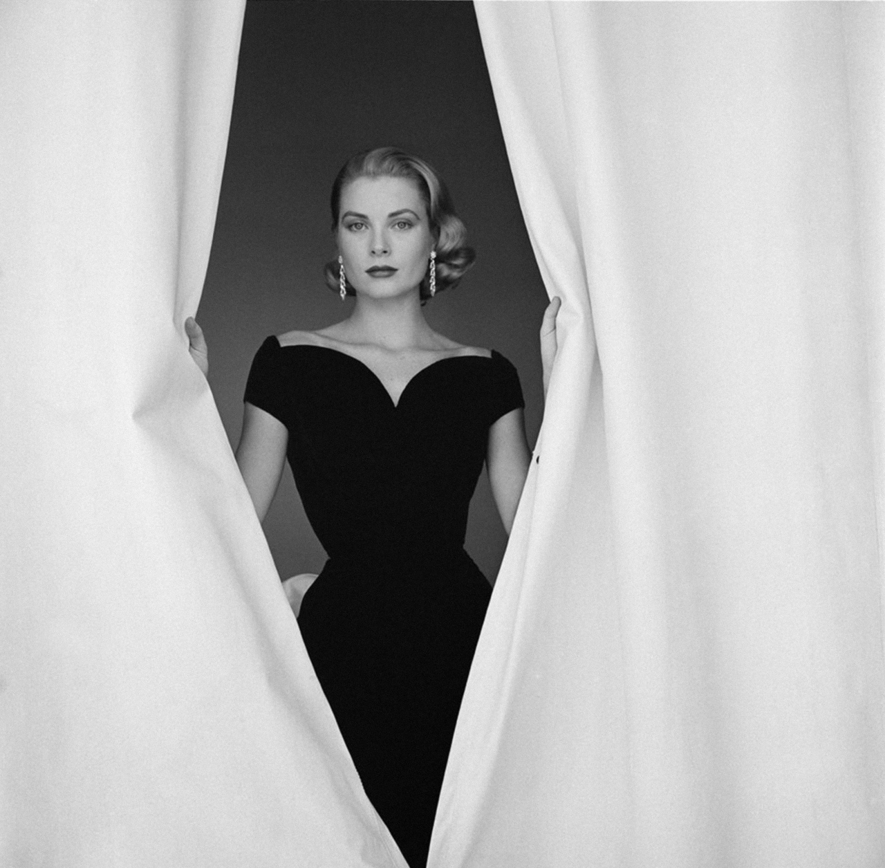 Grace Kelly and hitchcock